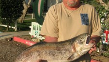 Corona Lake - Terry Williams- San Bernadino- 22.2 lbs !!!- 3-3-11
